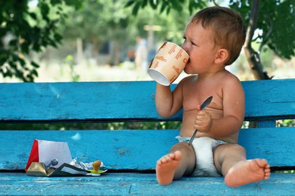 toddler-drinking-coffee