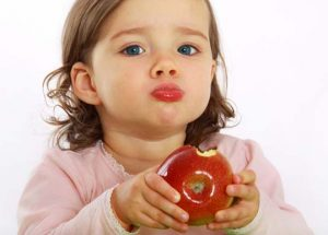 10 Frequently Eaten Foods That Can Choke Kids. Can You Guess What The No. 1 Culprit Is?