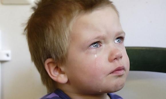 boy-cryingr2-spanking