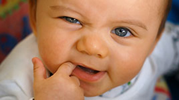 10 Teething Signs You Should Look Out For In Your Baby. Keep a Close Watch On #4, #3, and #1