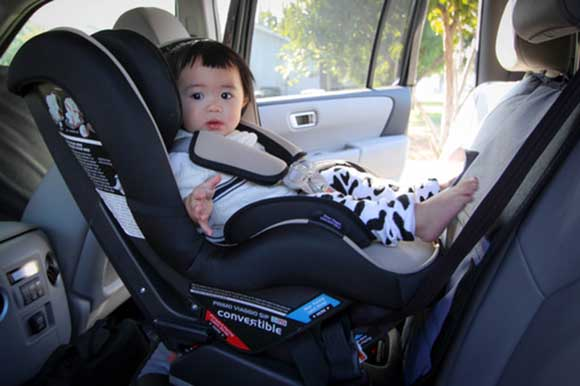 5 Key Reasons Your Child Needs A Convertible Car Seat By Age 1