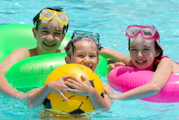 10 Simple Safety Rules To Keep Your Kids Safe This Summer Oh My Parenting
