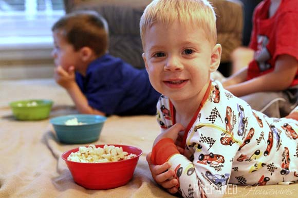 toddler-eating-popcorn1