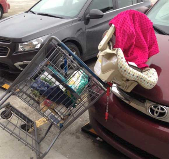 car-seat-on-shopping-cart-34a